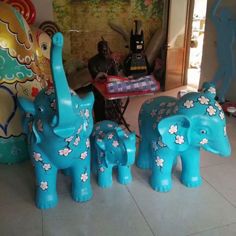玻璃钢大象彩绘1