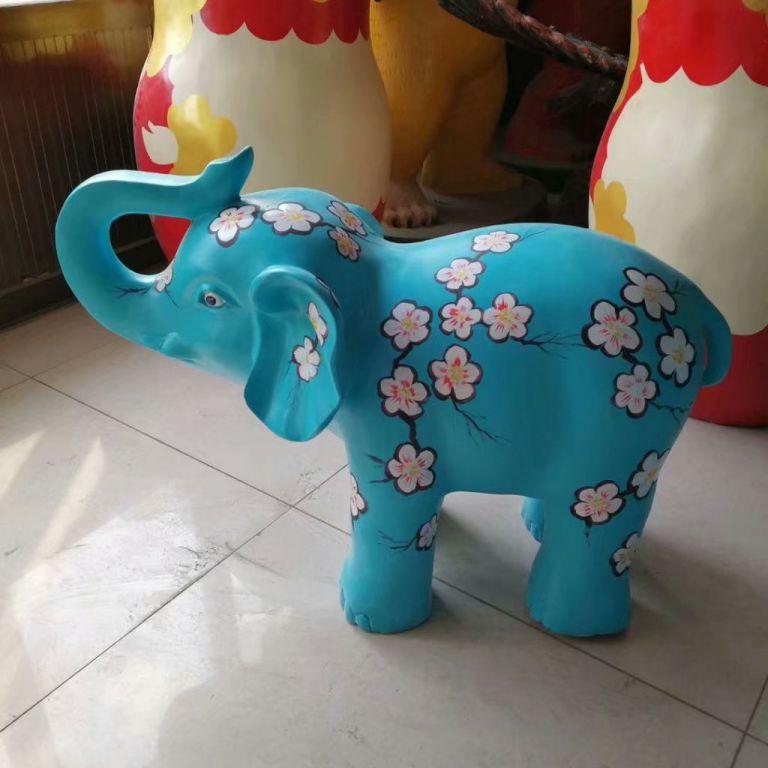 玻璃钢大象彩绘3